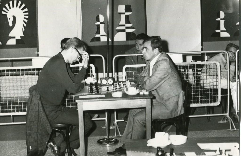 1969 Aþena. Friðrik - Jansa